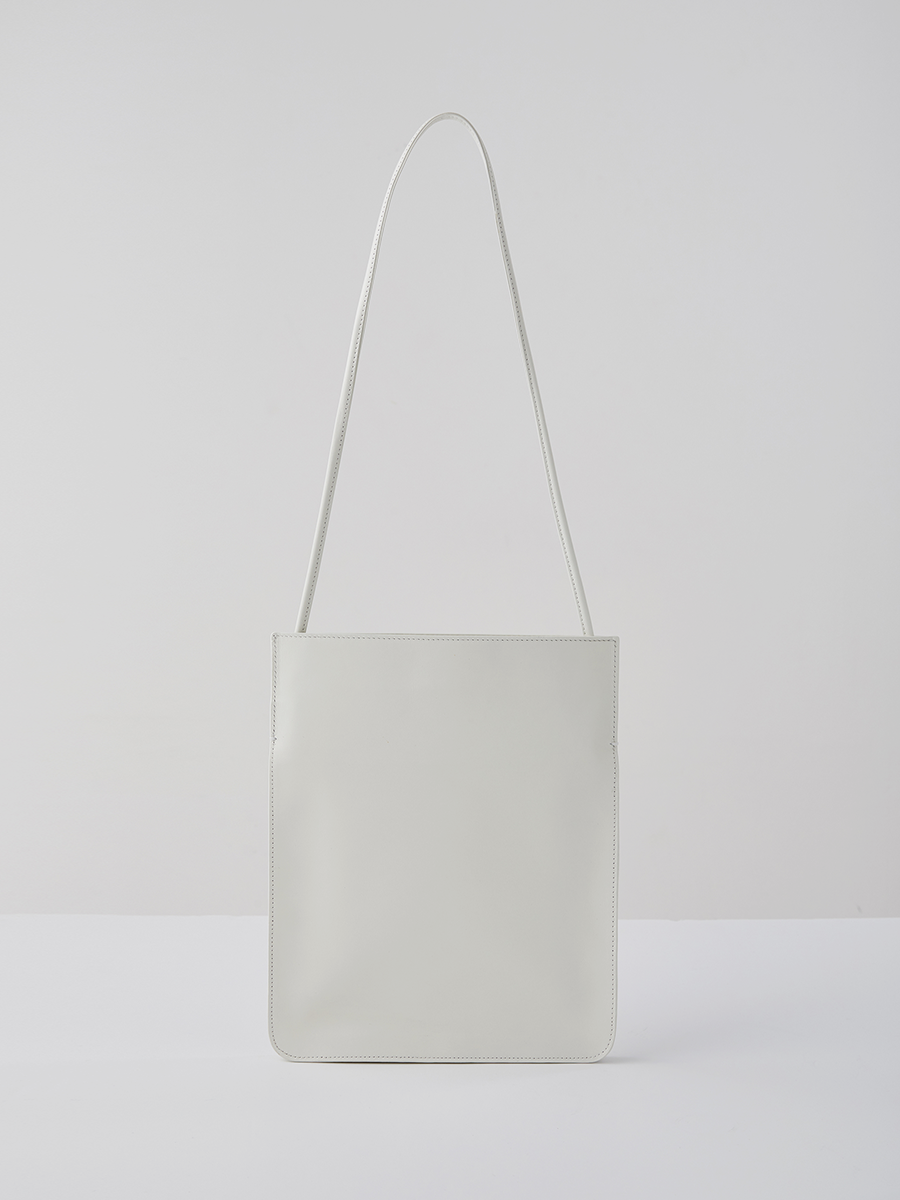 (REFURB) plain bag (bone white)