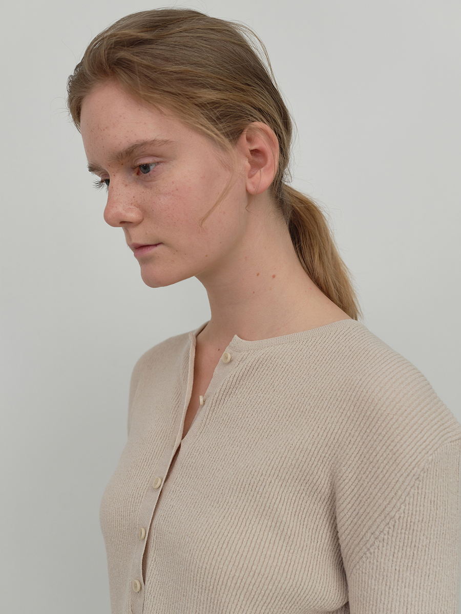 henlyneck knit  (light beige)20SS OPEN -10% ( ~4/4)